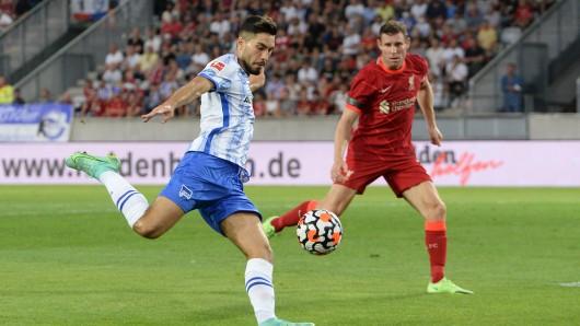 Ex-Schalker Suat Serdar bei seinem Traumtor gegen Liverpool.