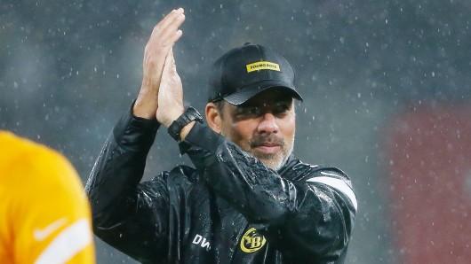 Wer hätte das gedacht? Bei einem ehemaligen Trainer des FC Schalke 04 läuft es aktuell richtig gut.