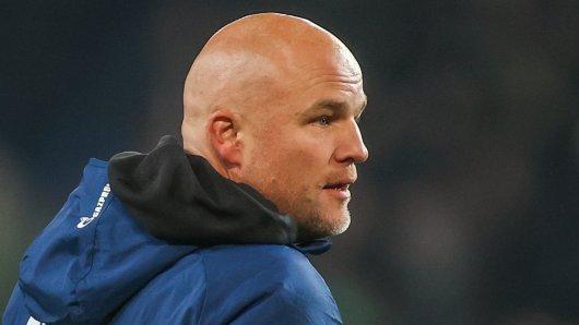 Beim FC Schalke 04 macht Sportdirektor Rouven Schröder den Fans Hoffnung.