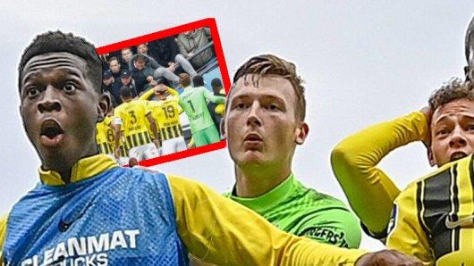 Schock bei Ex-Schalke-Keeper Markus Schubert: Unter den Fans seines Klubs Vitesse Arnheim brach die Tribüne zusammen.