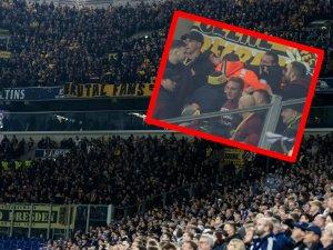 Beim Heimspiel des FC Schalke 04 gegen Dynamo Dresden wurden mehrere Ordner verletzt.