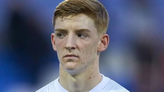 Anthony Gordon spielte bereits achtmal für die englische Junioren-Nationalmannschaft.
