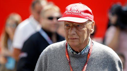 Niki Lauda musste sich am Donnerstag einer Lungentransplantation unterziehen.