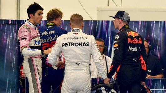 Formel-1-Pilot Max Verstappen im Disput mit seinem Rivalen Esteban Ocon.