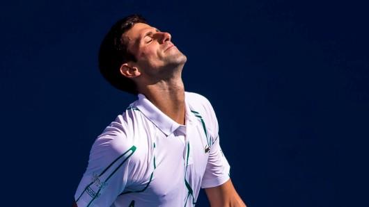 Novak Djokovic hat sich wohl auf seiner Skandal-Party mit Corona infiziert.