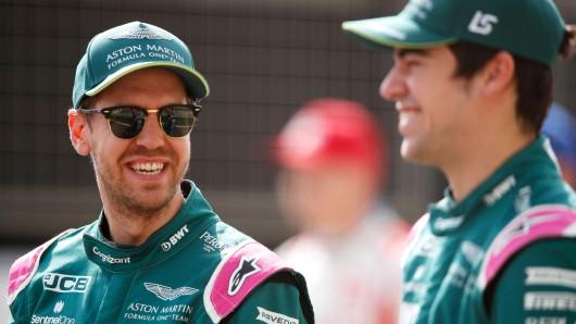Im neuen Dress konnte Sebastian Vettel wieder strahlen.
