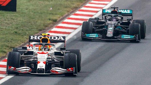 In der Formel 1 gibt es wieder Spannungen zwischen Red Bull und Mercedes.