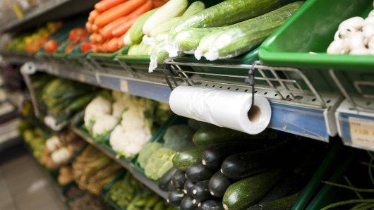 Nicht alle Lebensmittel dürfen roh gegessen werden. (Symbolbild)
