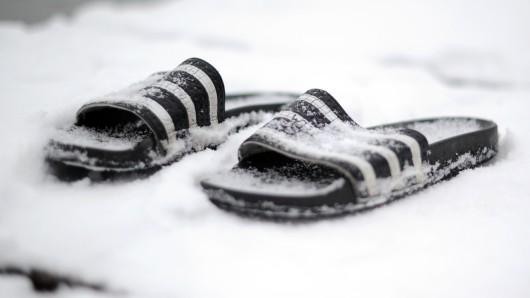 Badelatschen-Wetter im Februar – doch von Schnee keine Spur.