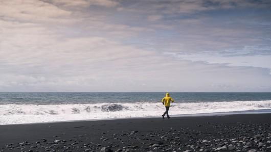 Ein Jogger machte am Strand in Irland eine ziemlich kuriose Entdeckung. (Symbolbild)