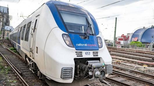 """Am Samstag wurde eine Regionalbahn der """"National Express"""" im Hauptbahnhof Hagen gestoppt – wegen Coronavirus-Verdacht! Der Zug wurde evakuiert. (Symbolfoto)"""