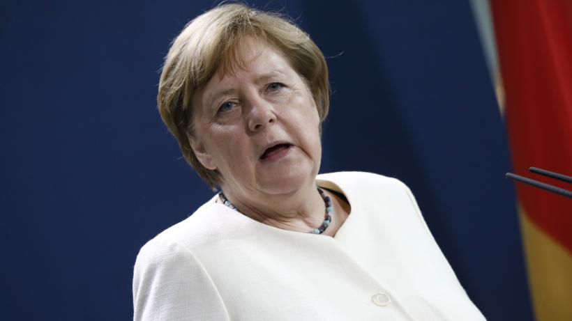 Corona: Schock für Urlauber – Angela Merkel plant Ausreiseverbote