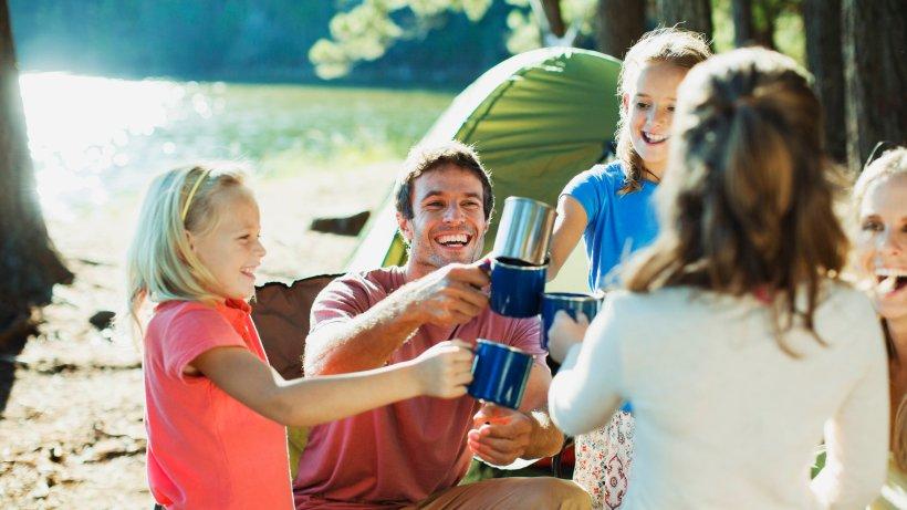 Großbritannien: Familie will Camping-Urlaub machen – auf einmal muss alles ganz schnell gehen