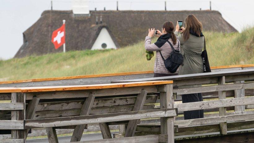Urlaub an der Nordsee: Sylt-Bewohner richten deutliche Worte gegen Urlauber – doch die lassen sich das nicht gefallen