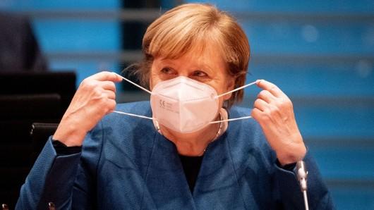Bundeskanzlerin Angela Merkel hat sich im Ringen um schärfere Corona-Maßnahmen gegen die Ministerpräsidenten durchgesetzt.
