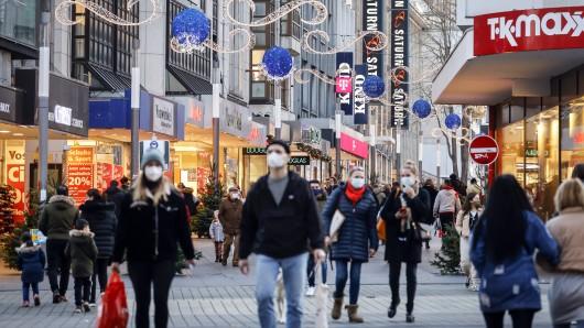 Mit Welchen Corona-Maßnahmen gehen die Deutschen in die Weihnachtszeit?