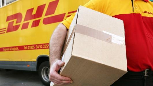 Eine DHL-Kundin weiß nicht mehr weiter: Wo ist ihr Paket geblieben?