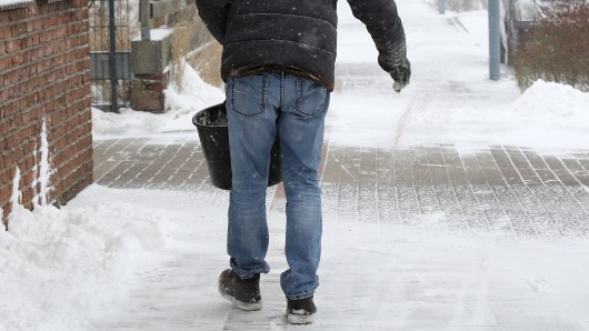 Am Rosenmontag schwingt das Wetter um – doch das kann besonders gefährlich werden. (Symbolbild)