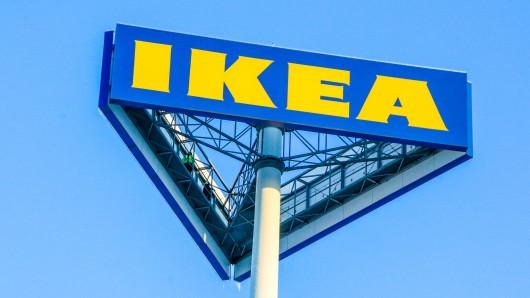 Eine Ikea-Kundin entdeckt an einem Produkt einen gefährlichen Mangel. Doch bisher hat der Möbelriese nicht gehandelt.