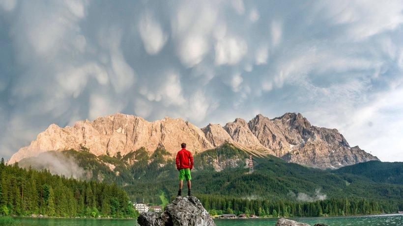 """Wetter: """"Unheimlich und schön!"""" Irres Wolken-Phänomen - Der Westen"""