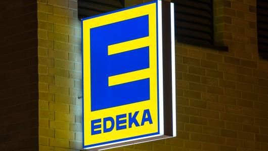 Erschreckender Fund bei Edeka! Als eine Kundin nach Brokkoli greifen wollte, erlebte sie einen gewaltigen Schock! (Symbolbild)