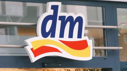 Eine dm-Kundin vermisst ein beliebtes Produkt. (Symbolfoto)