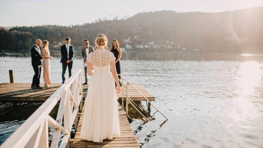 Die Schwiegermutter des Bräutigams war so gar nicht mit der Hochzeit einverstanden. (Symbolbild)