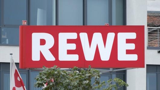 Rewe und auch Penny wollen den Preis für frisches Schweinefleisch erhöhen. (Symbolfoto)