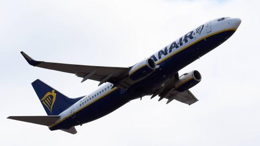 Ryanair: Einige Kunden wurden plötzlich nicht mehr in den Flieger gelassen. (Symbolbild)
