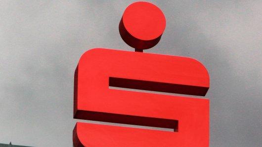 Die Sparkasse will Kunden das Zahlen erleichtern. (Symbolbild)