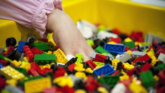 Auch in deiner Lego-Kiste verstecken sich vielleicht ein paar alte Schätze. (Symbolbild)