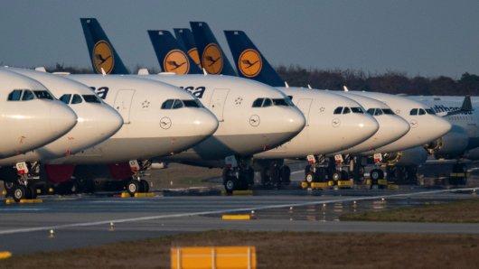 Der Staat hilft der Lufthansa mit 9 Milliarden Euro.