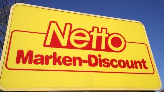 Netto: Eigentlich wollte der Discounter seinen Angestellten für ihre Corona-Einsätze danken. Doch die Vorgehensweise erntet heftige Kritik.