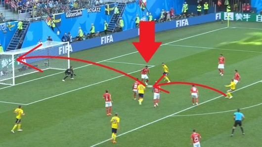 Im Spiel zwischen Schweden und Schweiz bei der WM 2018 unterlief Manuel Akanji von Borussia Dortmund ein folgenschwerer Fehler.