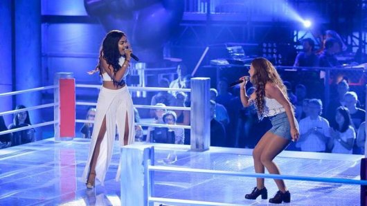 Alicia trat gegen Dijana mit dem Song One Thing an.